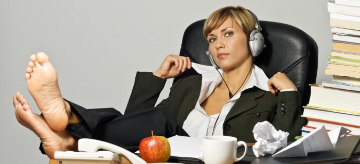 kādu mūziku klausīties darbā?